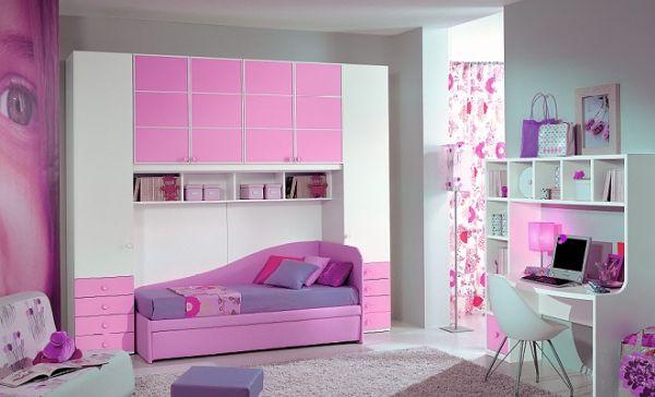 Детска стая в лилаво