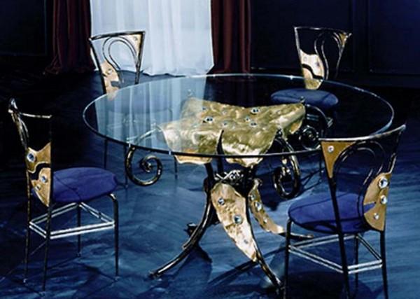 Кухненска маса от стъкло