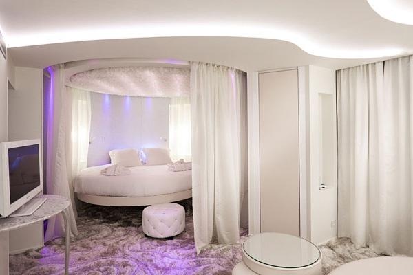 Осветителните тела в спалнята 7
