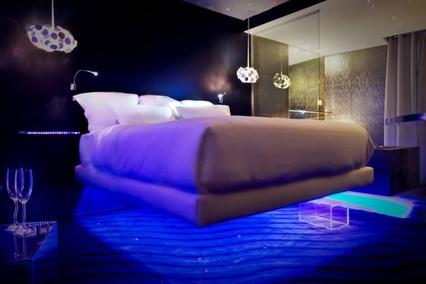 Осветителните тела в цпалнята 5