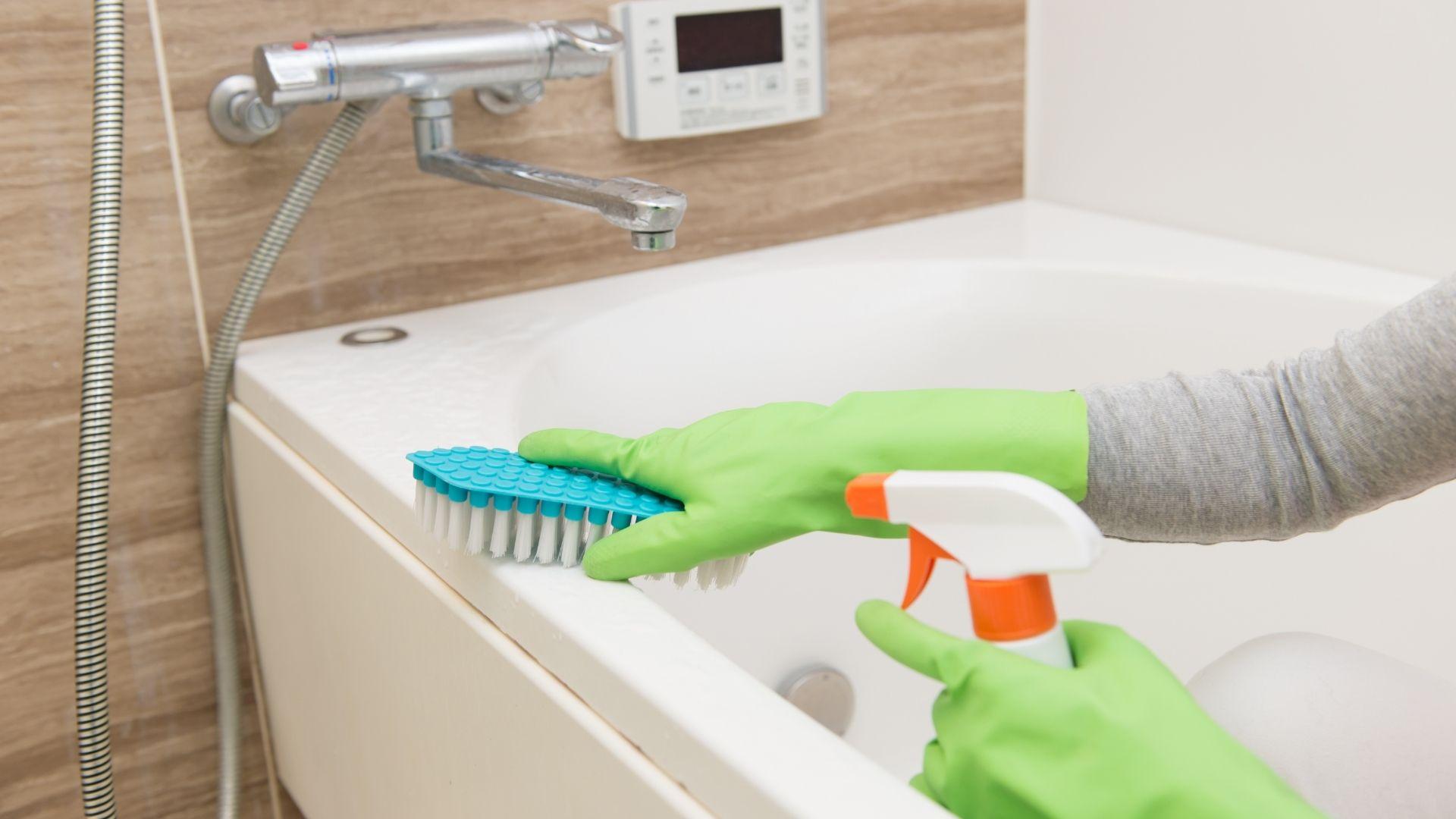 почистване на банята (4)